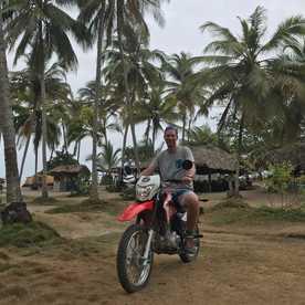Santa Marta - Tayrona Moto & Waterfall Tour